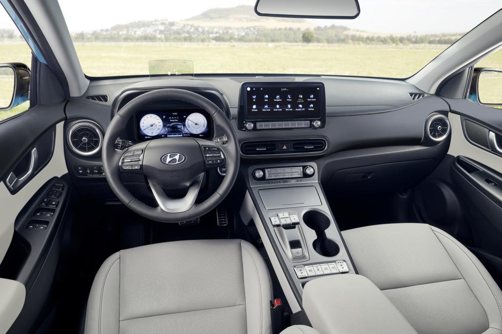 New Hyundai Kona Electric Ansicht Fahrer- und Beifahrerraum Auto Windlin